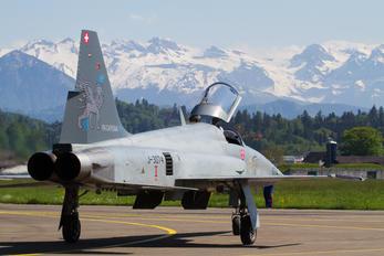 J-3074 - Switzerland - Air Force Northrop F-5E Tiger II