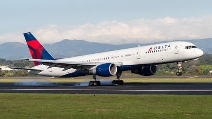 N682DA - Delta Air Lines Boeing 757-200