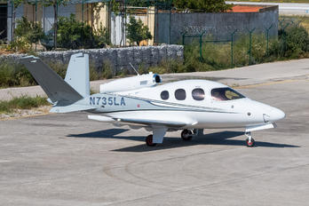N735LA - Private Cirrus Vision SF50