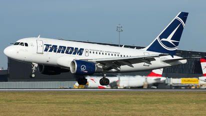 YR-ASB - Tarom Airbus A318