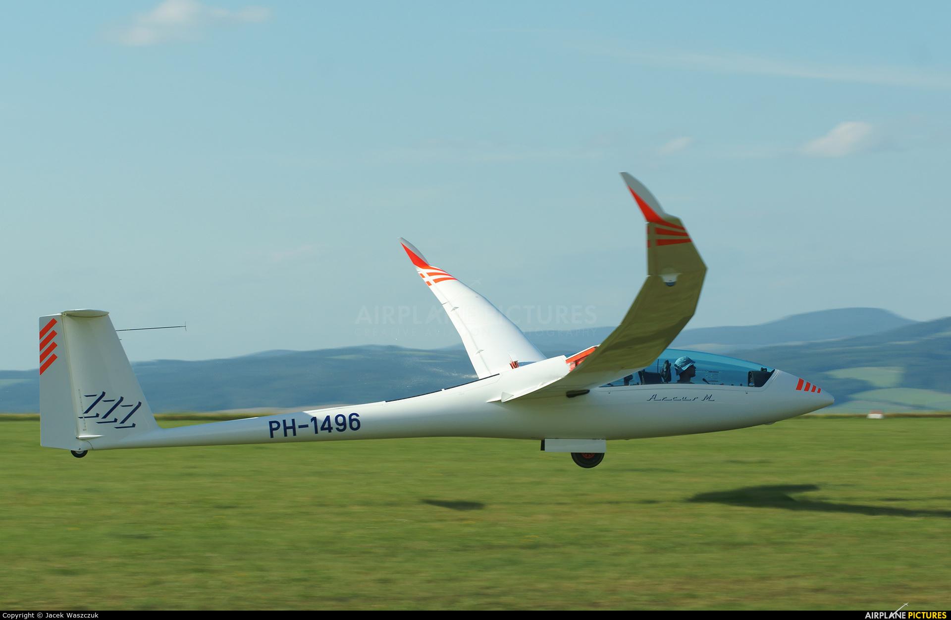 Private PH-1496 aircraft at Moravská Třebová