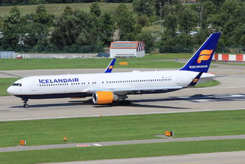 TF-ISP - Icelandair Boeing 767-300