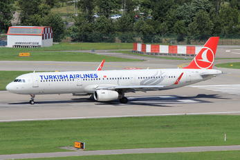 TC-JSH - Turkish Airlines Airbus A321