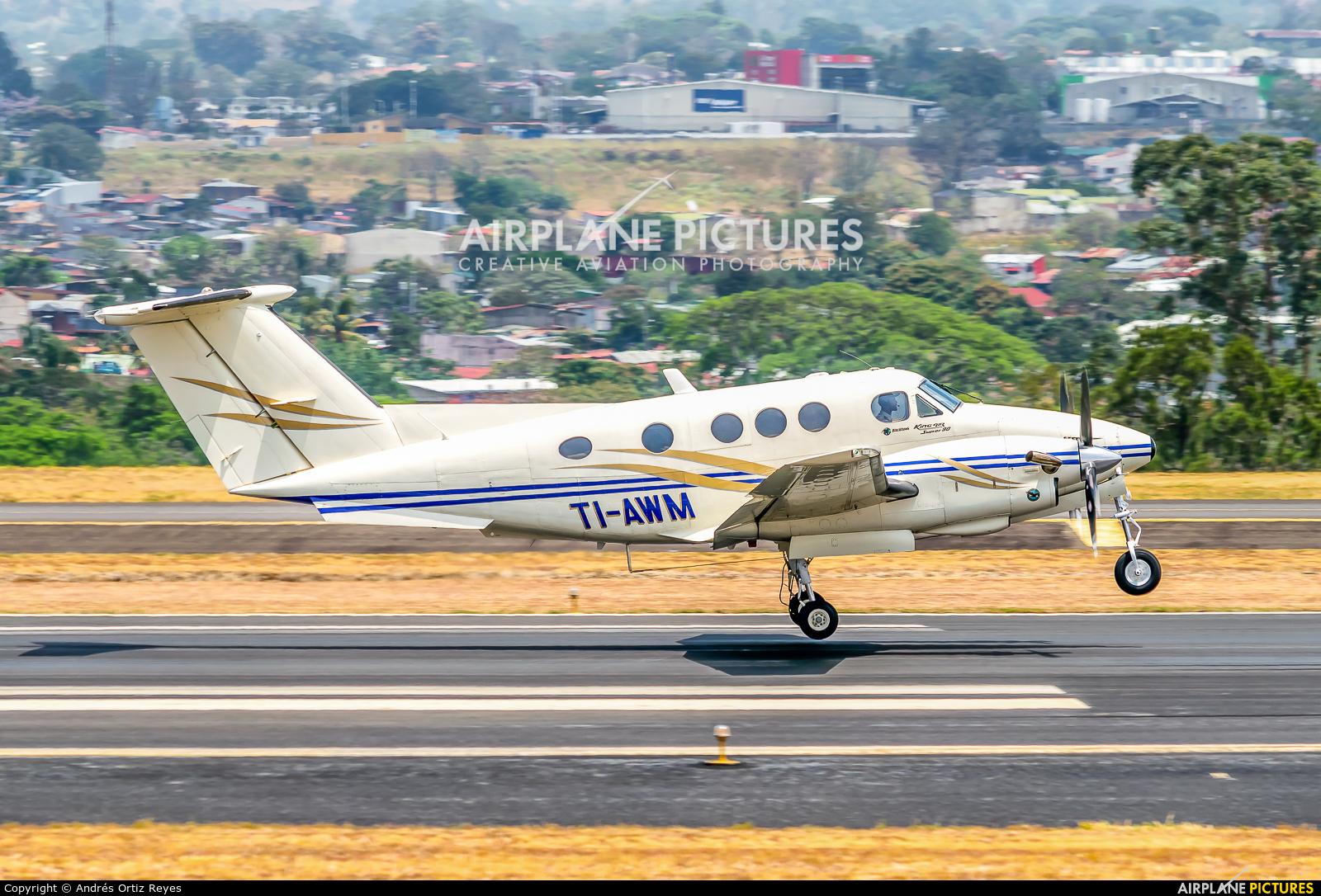 Carmonair TI-AWM aircraft at San Jose - Juan Santamaría Intl