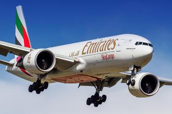 A6-EFE - Emirates Sky Cargo Boeing 777F