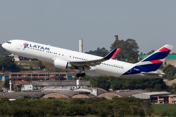 PT-MOD - LATAM Brasil Boeing 767-300ER