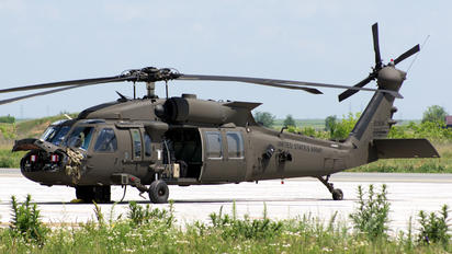 16-20818 - USA - Army Sikorsky H-60L Black hawk