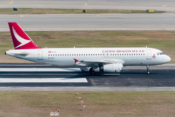 B-HSJ - Cathay Dragon Airbus A320