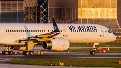 P4-GAS - Air Astana Boeing 757-200WL