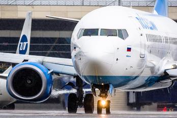 VQ-BAW - Pobeda Boeing 737-800