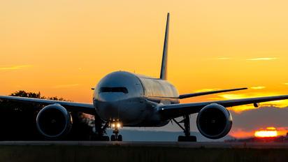 D-AALA - AeroLogic Boeing 777F