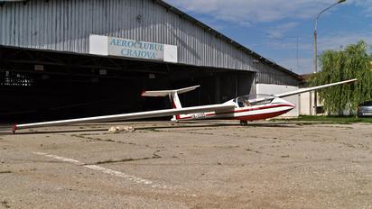 YR-3320 - Romanian Airclub IAR Industria Aeronautică Română IS 28B2 Lark