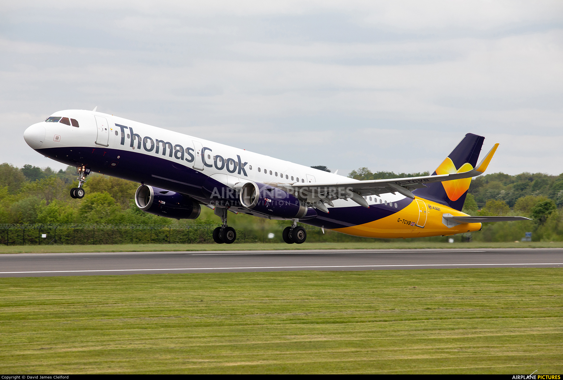 Thomas Cook G-TCVB aircraft at Manchester
