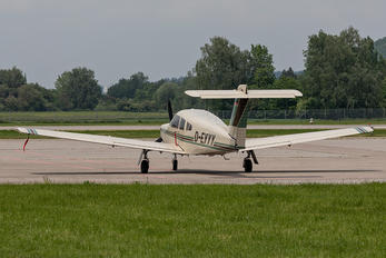 D-EYYY - Private Piper PA-28 Arrow