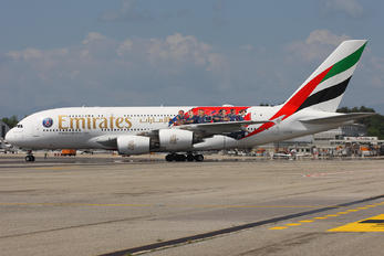 A6-EUB - Emirates Airlines Airbus A380