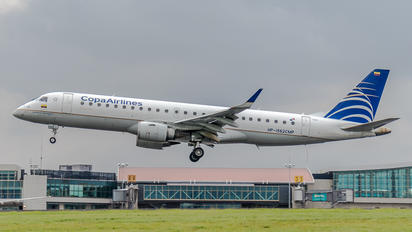 HP-1562CMP - Copa Airlines Embraer ERJ-190 (190-100)