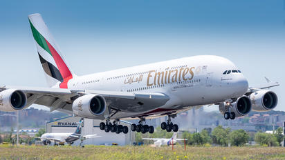 A6-EDY - Emirates Airlines Airbus A380