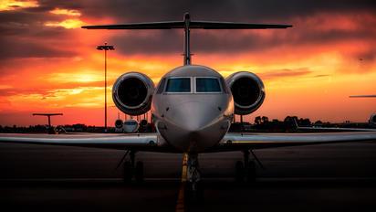 N1AM - Private Gulfstream Aerospace G-IV,  G-IV-SP, G-IV-X, G300, G350, G400, G450