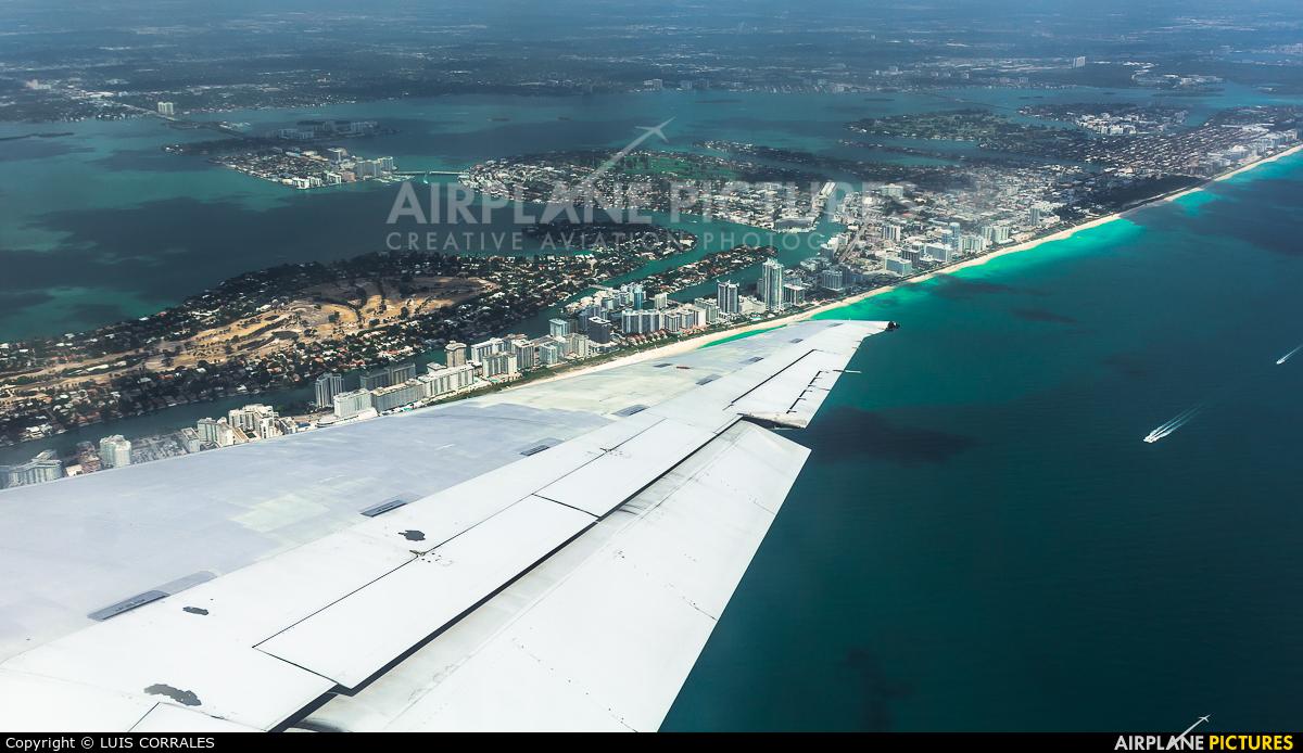 Delta Air Lines N994DL aircraft at Miami Intl
