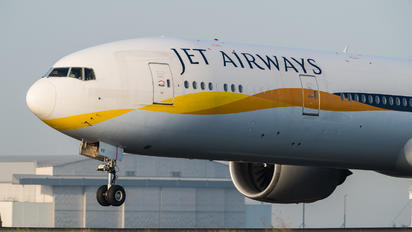 VT-JEV - Jet Airways Boeing 777-300ER