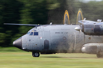 64-GR - France - Air Force Transall C-160R