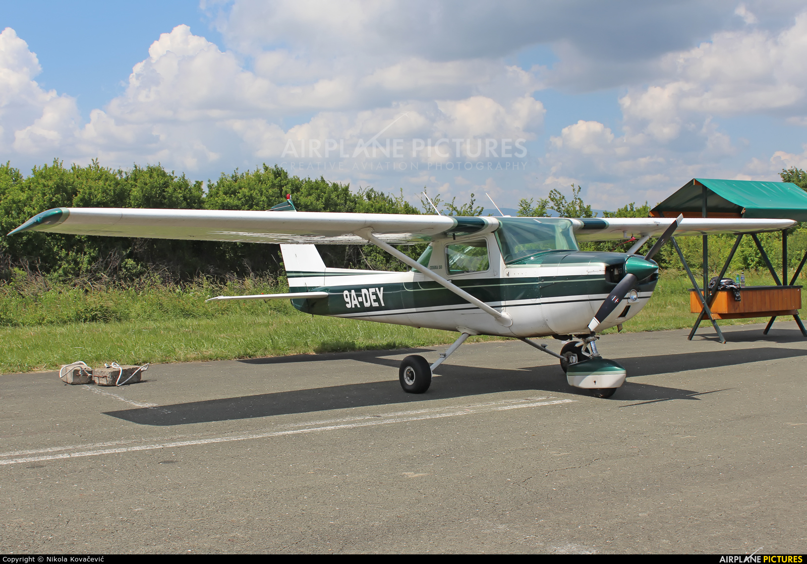 Private 9A-DEY aircraft at Velika Gorica/ZTC