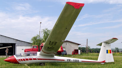 YR-1555 - Romanian Airclub IAR Industria Aeronautică Română IS 29D2