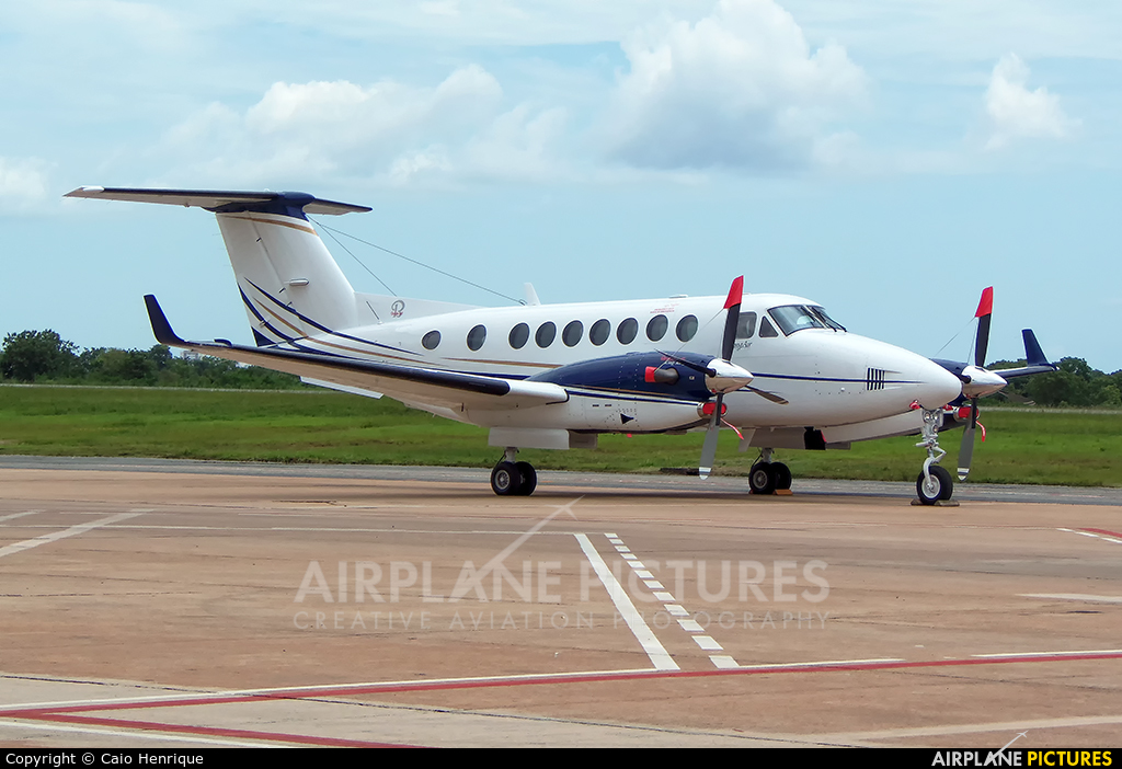 Private PR-FMT aircraft at Cuiabá - Marechal Rondon