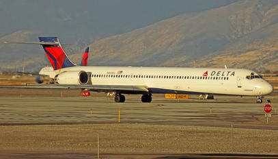 N901DA - Delta Air Lines McDonnell Douglas MD-90