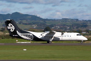 ZK-NFA - Air New Zealand Link - Air Nelson de Havilland Canada DHC-8-300Q Dash 8