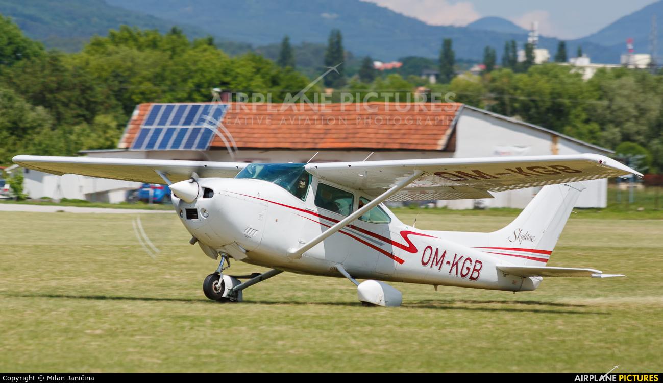 Private OM-KGB aircraft at Prievidza