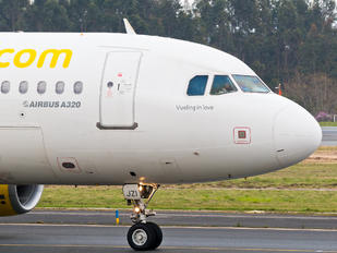EC-JZI - Vueling Airlines Airbus A320