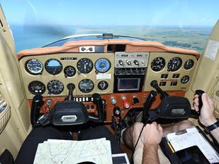 LV-CLH - Private Cessna 150