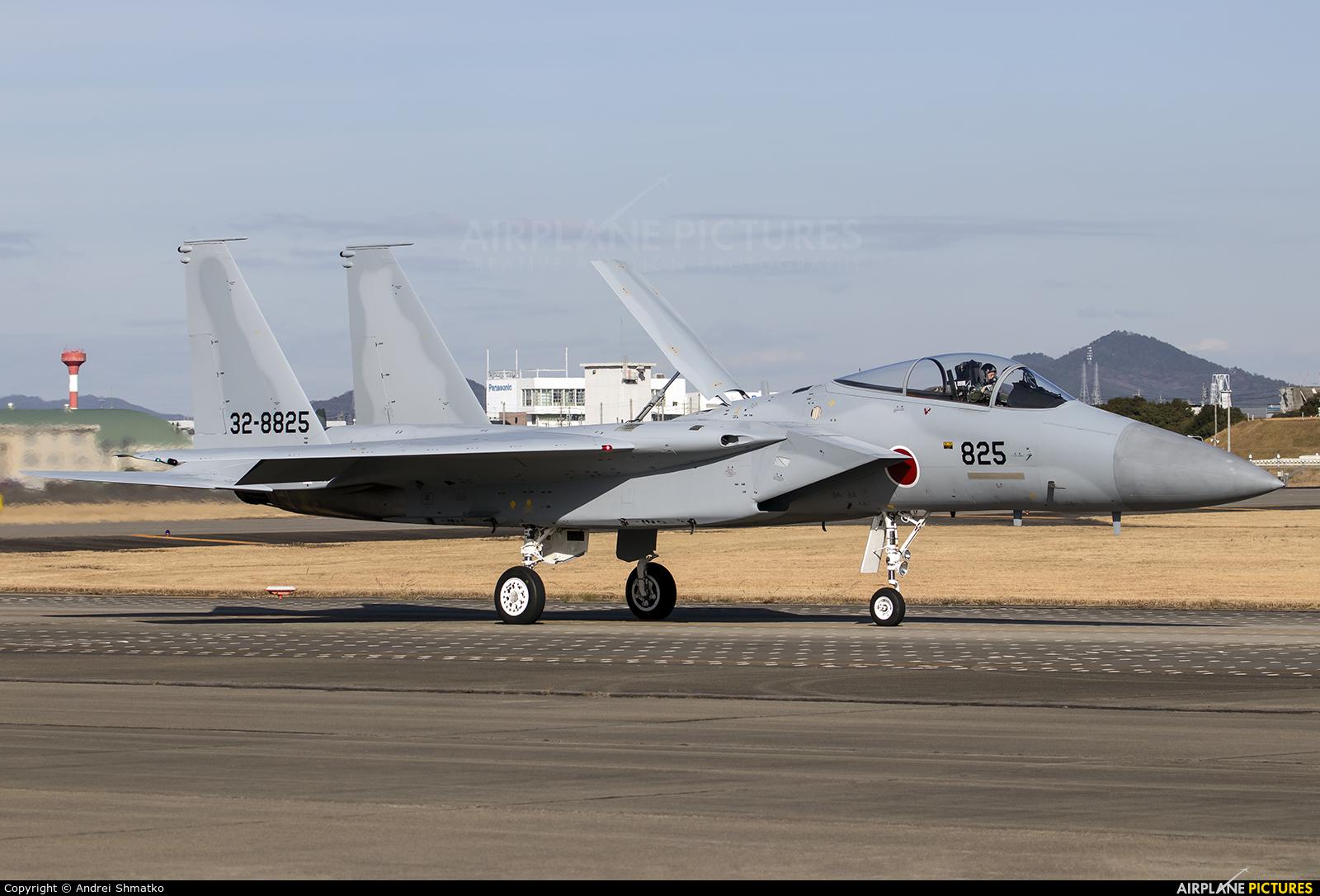Japan - Air Self Defence Force 32-8825 aircraft at Nagoya - Komaki AB
