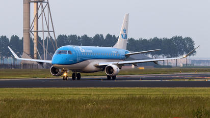 PH-EXS - KLM Cityhopper Embraer 170-200 STD