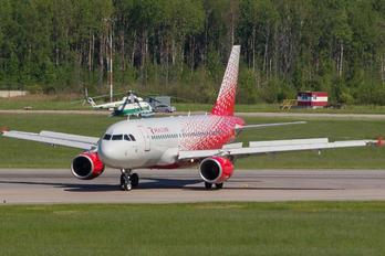 VP-BIQ - Rossiya Airbus A319