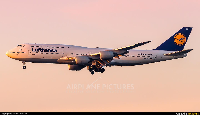 Lufthansa D-ABYK aircraft at Frankfurt