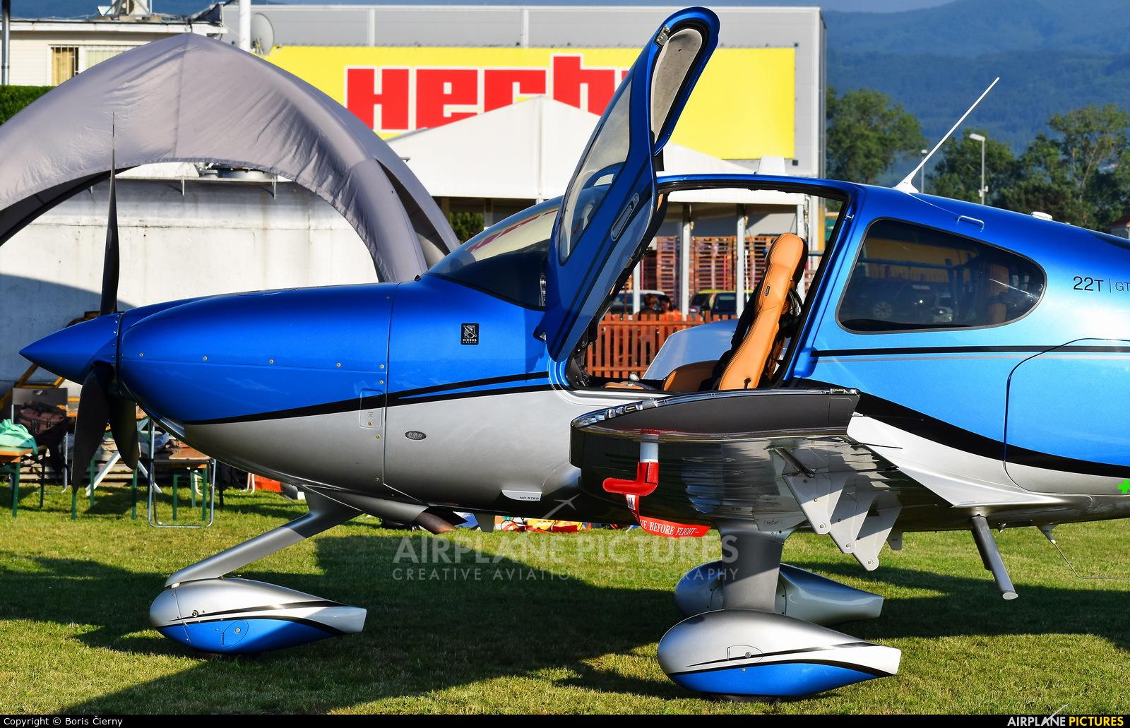 Private OK-COM aircraft at Prievidza