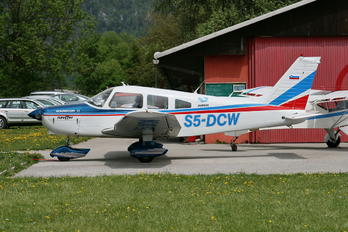 S5-DCW - Private Piper PA-28 Cherokee