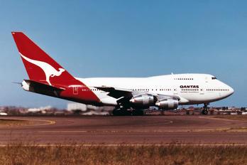 VH-EAA - QANTAS Boeing 747SP