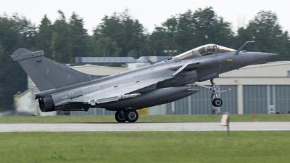7 - France - Navy Dassault Rafale M