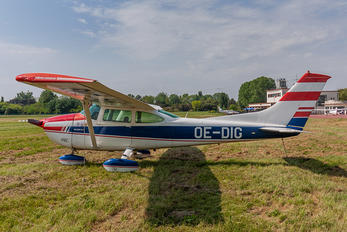 OE-DIG - Private Cessna 182 Skylane (all models except RG)