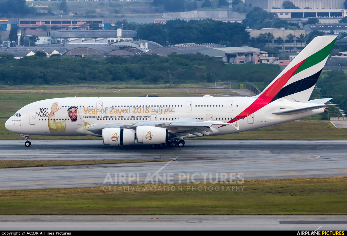 Emirates Airlines A6-EUV aircraft at São Paulo - Guarulhos