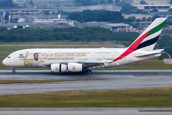 A6-EUV - Emirates Airlines Airbus A380