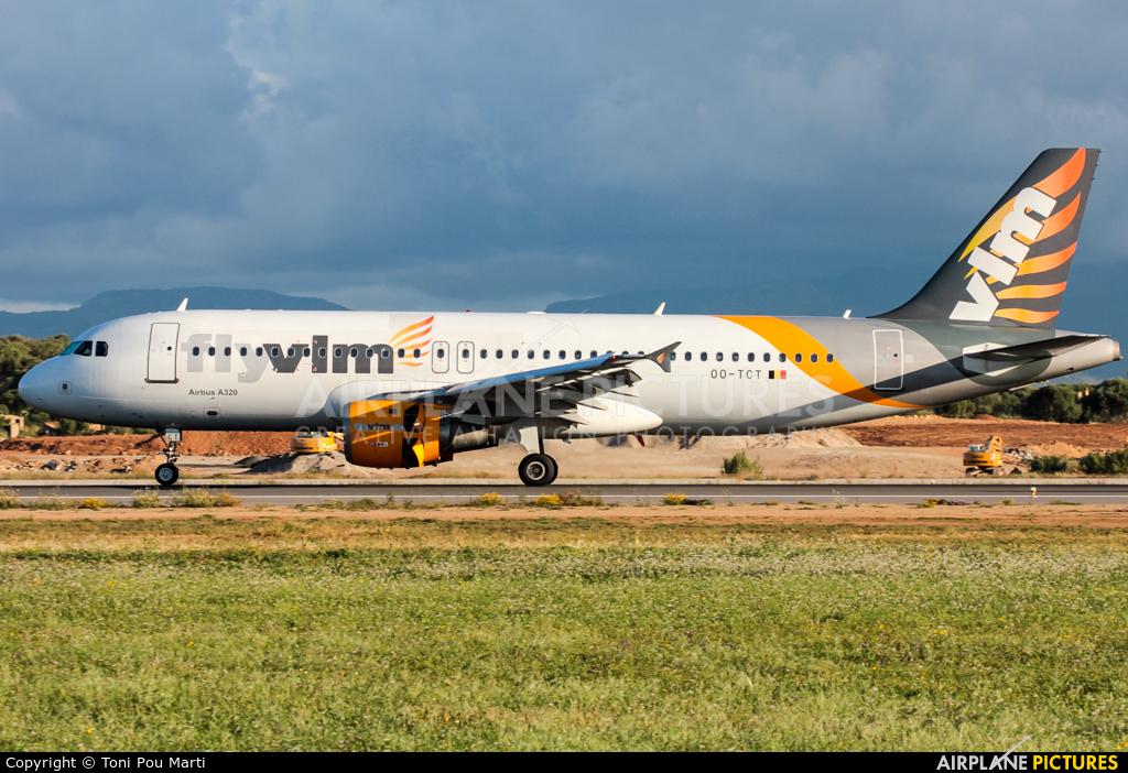 VLM Airlines OO-TCT aircraft at Palma de Mallorca