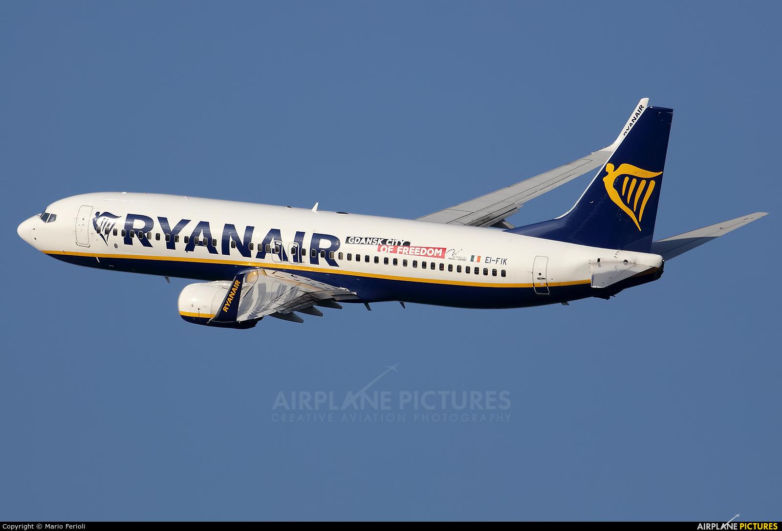 Ryanair EI-FIK aircraft at Milan - Malpensa