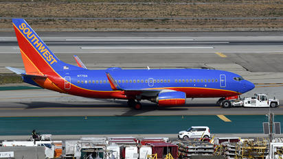 N7751A - Southwest Airlines Boeing 737-700
