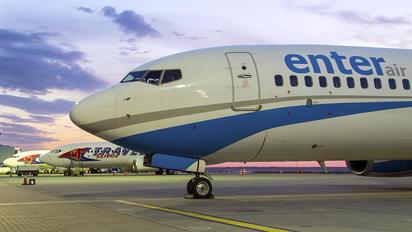 SP-ENT - Enter Air Boeing 737-800