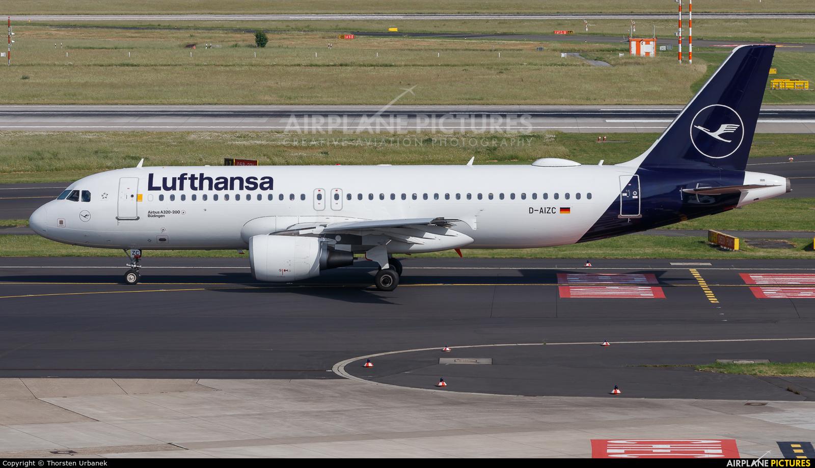 Lufthansa D-AIZC aircraft at Düsseldorf