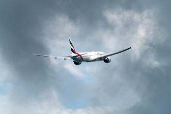 A6-EQE - Emirates Airlines Boeing 777-300ER
